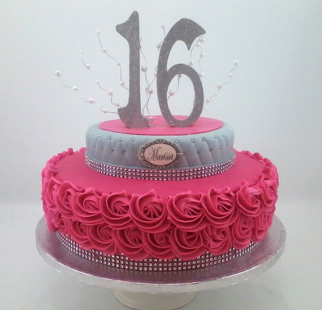 Sweet Sixteen Cakes And Cupcakes